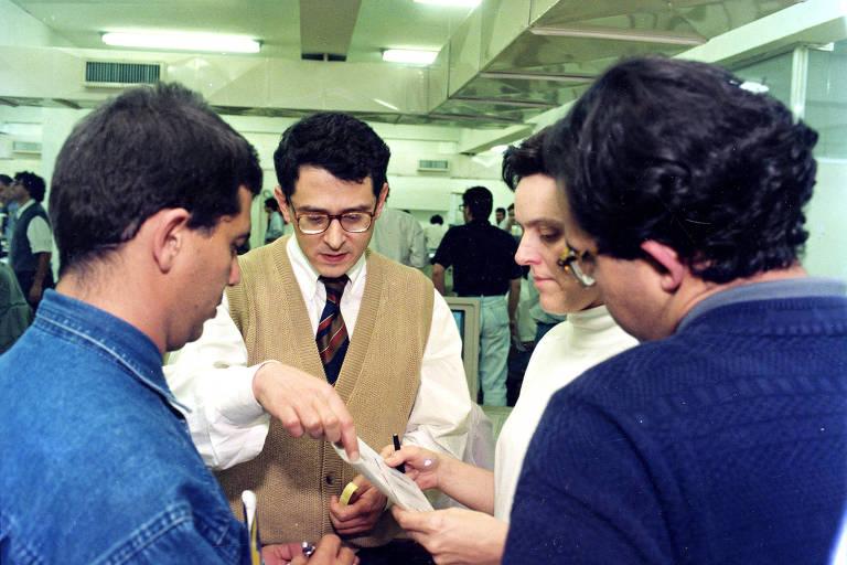 Otavio Frias Filho, Eliane Stephan (editora de Arte) e Marcos Augusto Gonçalves no dia do impeachment de Collor