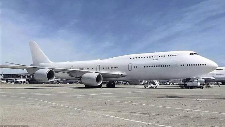Compre o avião mais luxuoso do mundo