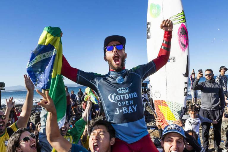 Os brasileiros na elite do Mundial de surfe em 2018
