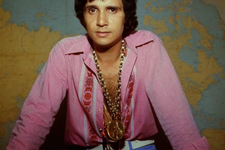 Brilho de Roberto Carlos talvez afaste reflexão crítica sobre sua obra