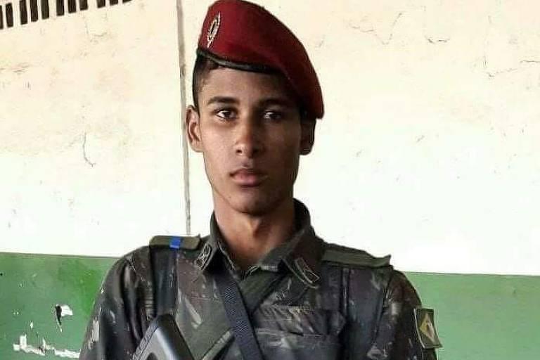 Soldado João Viktor da Silva, 21, morto em operação comandada pela intervenção federal no Rio