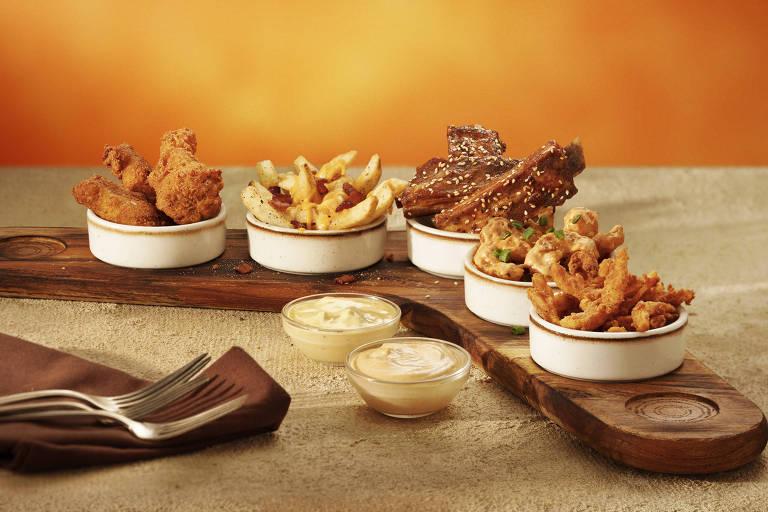Novo prato da casa: Big Five Boomerang (R$ 65), no qual os clientes podem aproveitar os 5 principais aperitivos da marca juntos: a Kookaburra Wings® (sobreasas de frango empanadas), Aussie Cheese Fries (batatas fritas cobertas com mix de queijos e bacon), Billy Ribs (costelinhas de porco ao molho billabong), Firecracker Shrimp (camarões empanados envoltos em molho exclusivo) e pétalas de cebola gigante Bloomin' Onion
