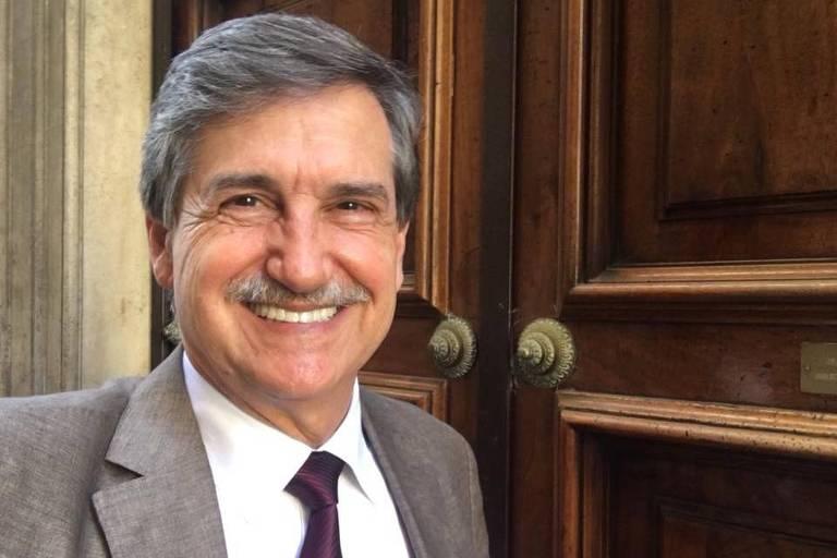 Senador no parlamento italiano, Fausto Longo tenta se eleger deputador federal no Brasil