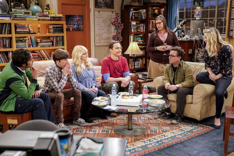 Os atores de 'The Big Bang Theory' em cena do seriado