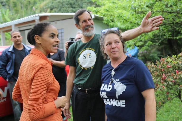 Marina Silva e Eduardo Jorge visitam agricultores