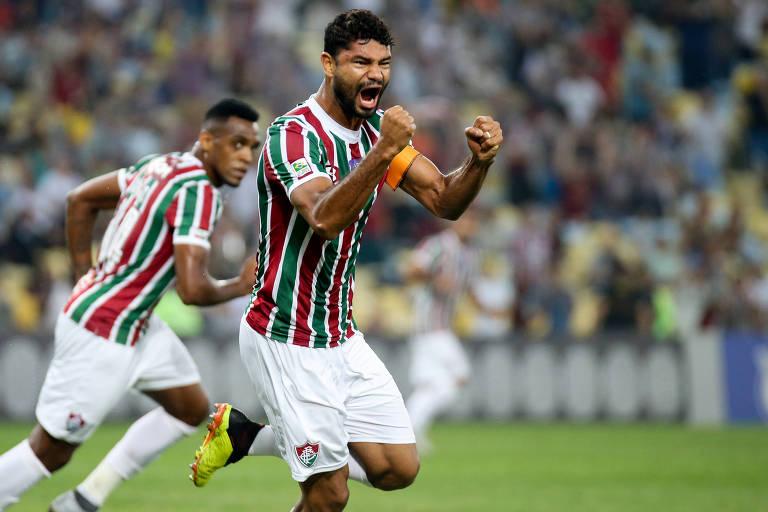 Corinthians perde terceira seguida no Brasileiro e cai para oitavo