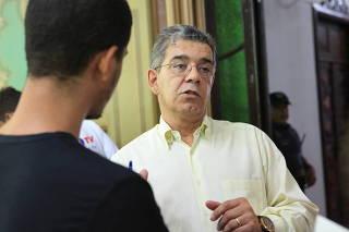 PROFESSORES FAZEM REUNIÃO COM REPRESENTANTES DE DÁRCY NA PREFEITURA