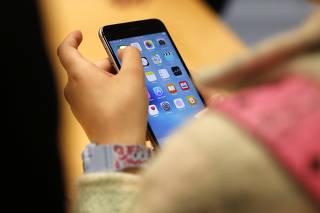 apple sabia que os iphone 6 e 6 plus poderiam entornar do uol