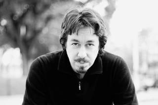 O escritor argentino Pedro Mairal