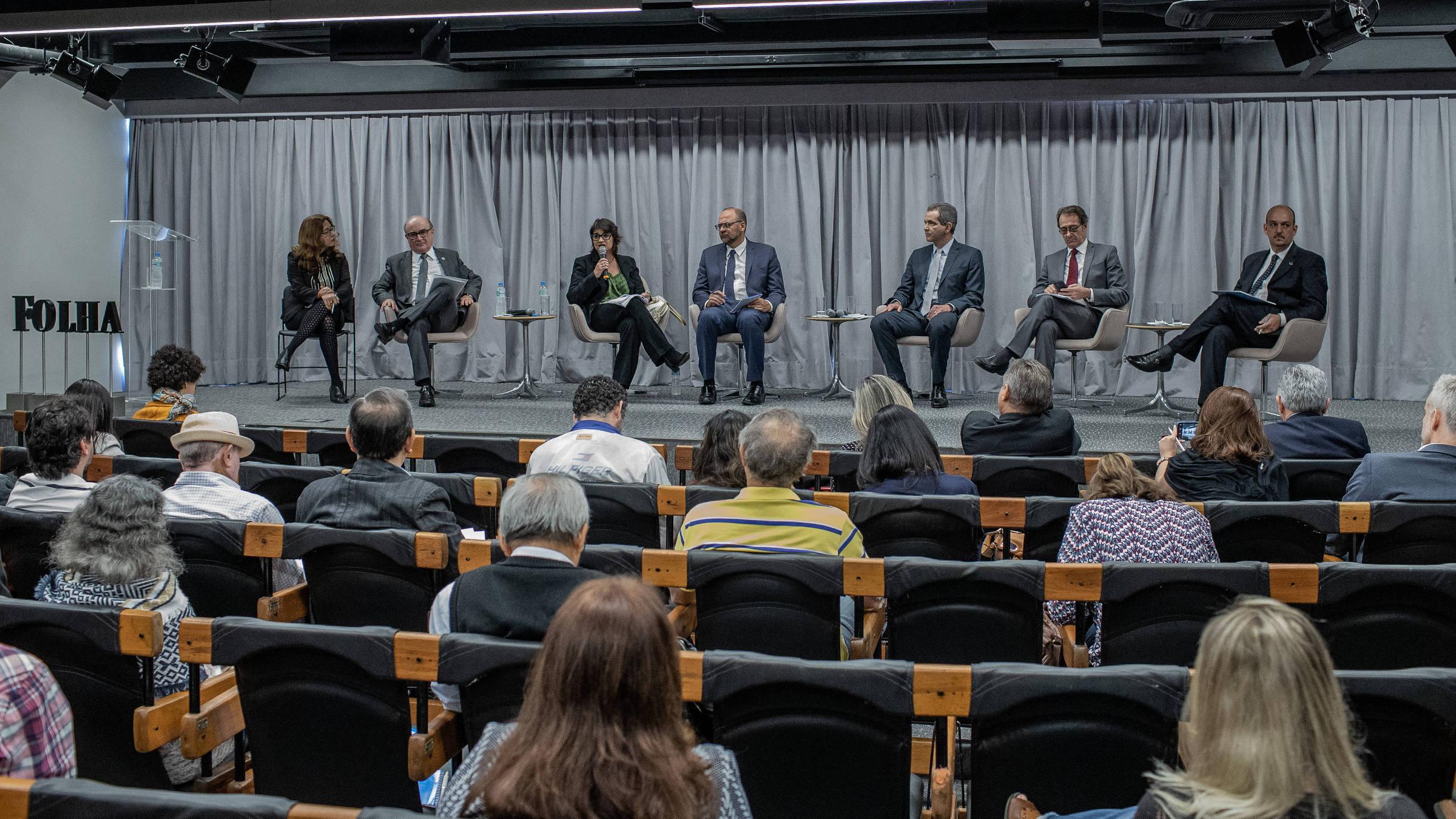 Debate da Folha e do Banco Mundial sobre o Futuro do SUS, no auditório da Folha, em São Paulo. Foto: Eduardo Anizelli/ Folhapress