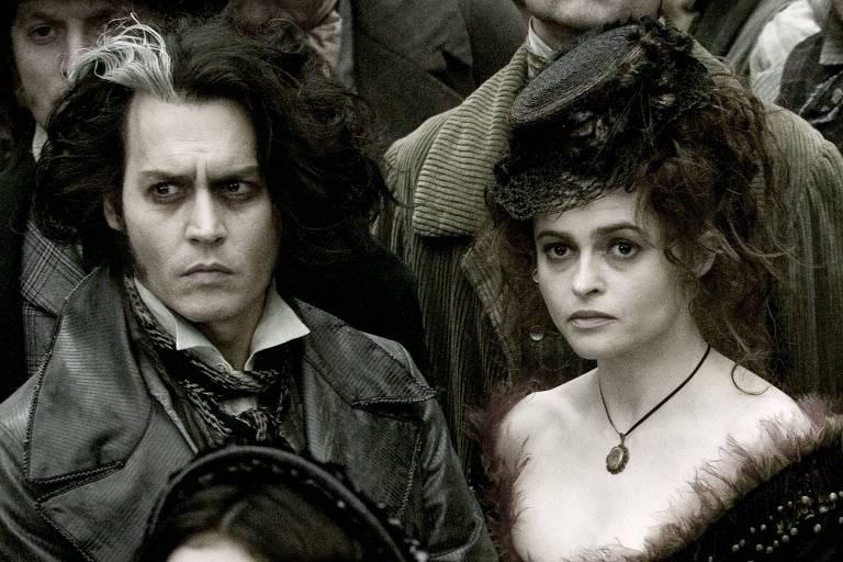 Johnny Depp e Helena Bonham Carter como Sweeney Todd e a senhora Lovett