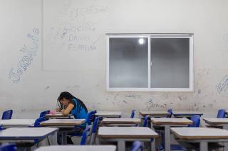 Ana Paula da Silva Lima, estudante do EJA em Buriti