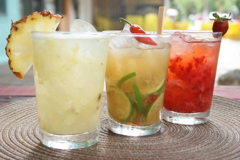 drinks do bar orgânico Espontâneo de Porto Alegre