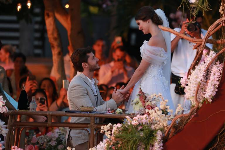 Casamento de Klebber Toledo e Camila Queiroz