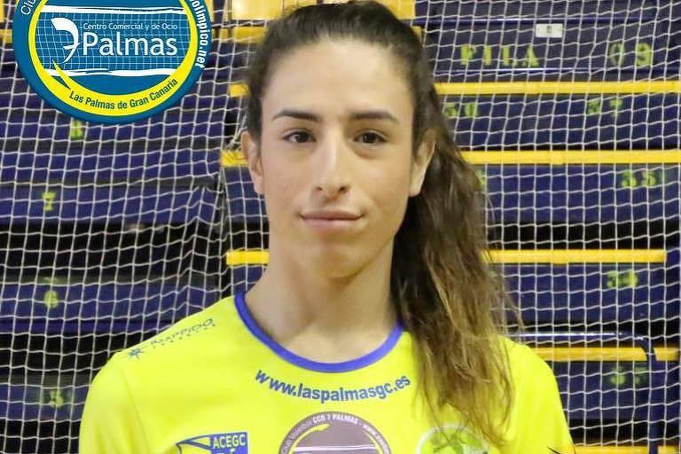A espanhola Oimara Perdomo,18, é a primeira transgênero a poder atuar na Superliga espanhola de vôlei, defendendo o CV CCO 7 Palmas