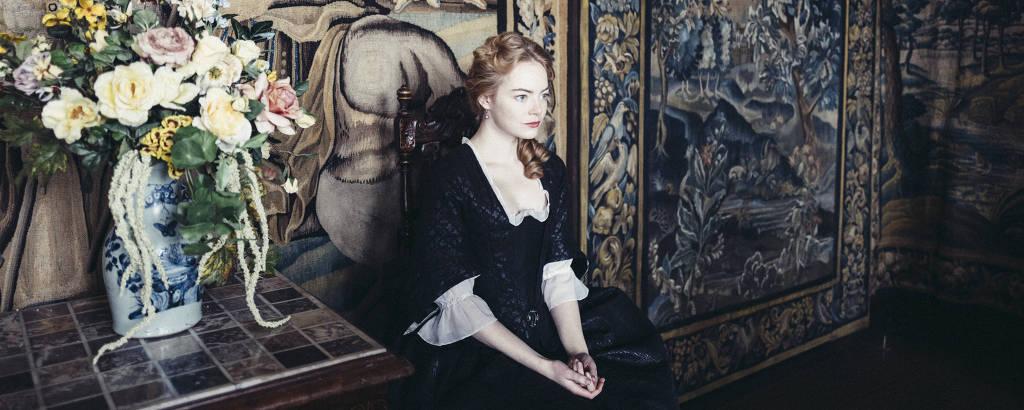 Emma Stone em 'The Favoriute', de  Yorgos Lanthimos, que concorre ao Leão de Ouro no Festival de Veneza