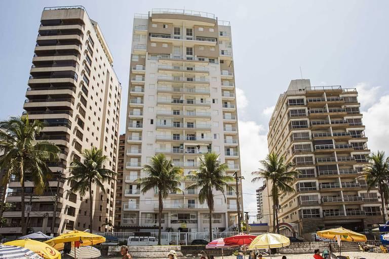 Fachada do condomínio Solaris, construído pela Bancoop e OAS em Guarujá (SP)
