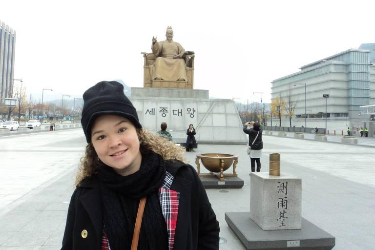 Gabriela Santana, 32, que fez mestrado pela bolsa coreana, de 2012 a 2016; ela fala o idioma e trabalha em empresa coreana