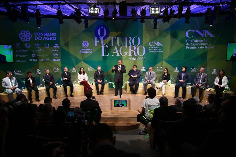 Presidenciáveis participam de sabatina promovida pela CNA (Confederação da Agricultura e Pecuária do Brasil), em Brasília