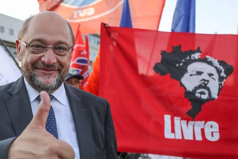 Martin Schulz, deputado alemão social-democrata, em visita ao ex-presidente Lula na PF, em Curitiba