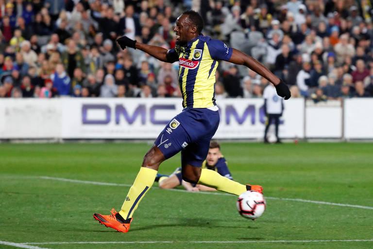 A estreia de Usain Bolt no futebol profissional
