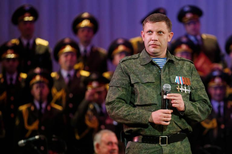 Alexander Zakharchenko durante evento em teatro em Donetsk em 2014