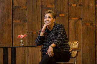 A atriz Claudia Jimenez