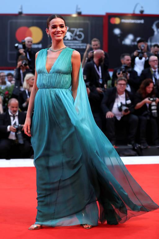 Bruna Marquezine no Red Carpet