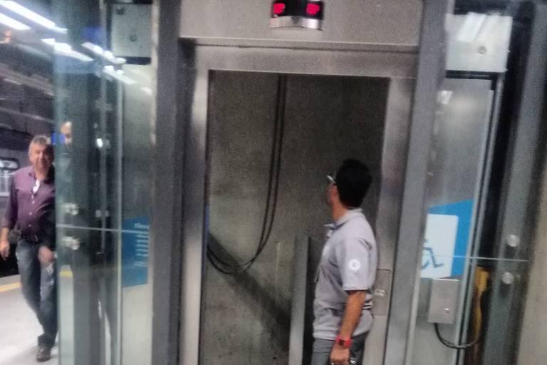 Estação AACD-Servidor, da linha 5-lilás do metrô,  tem falhas no acabamento
