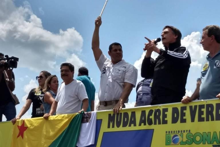 Jair Bolsonaro faz comício em Rio Branco, no Acre