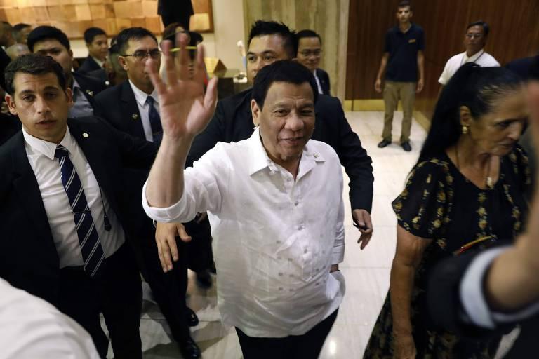 Presidente filipino chega a Israel de olho na compra de armas