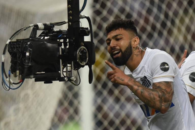 Atacante Gabriel comemora gol contra o Vasco pelo Brasileiro