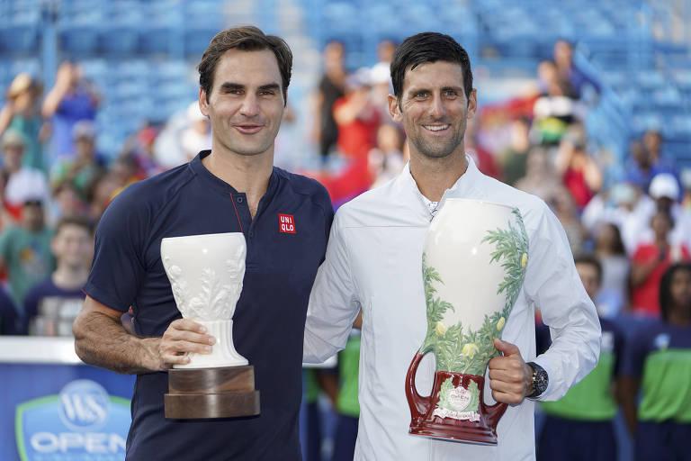Federer e Djokovic se aproximam de confronto no Aberto dos EUA