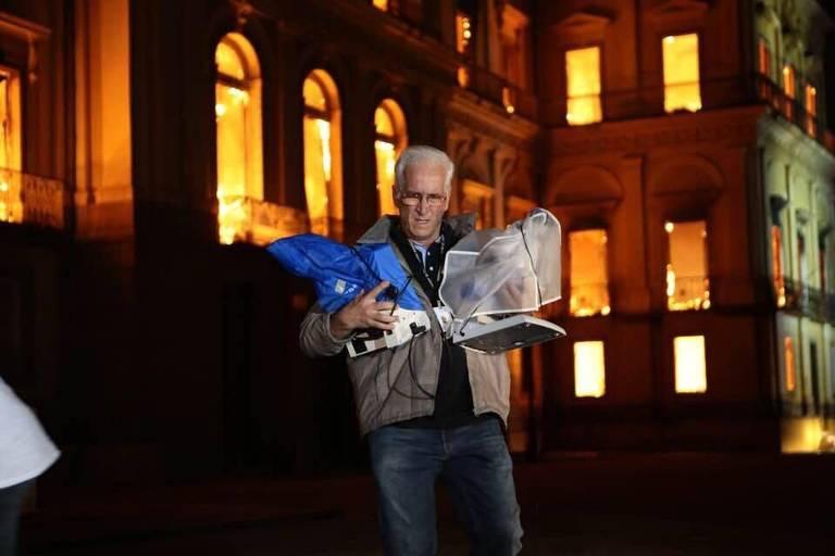Resgate de obras durante incêndio no Museu Nacional