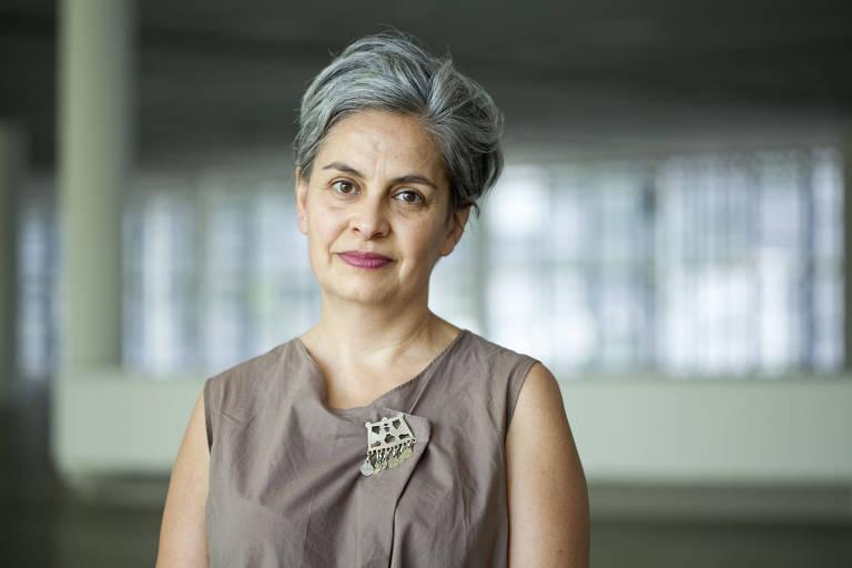 A artista argentina Claudia Fontes