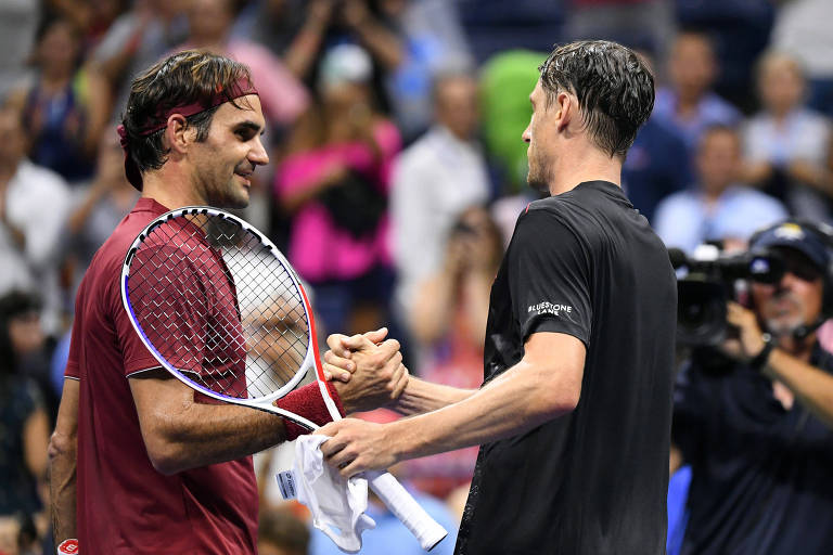Federer leva virada de australiano e está fora do Aberto dos EUA