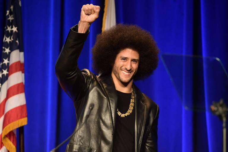 Nike retoma estratégia de gerar controvérsia em campanha com Kaepernick