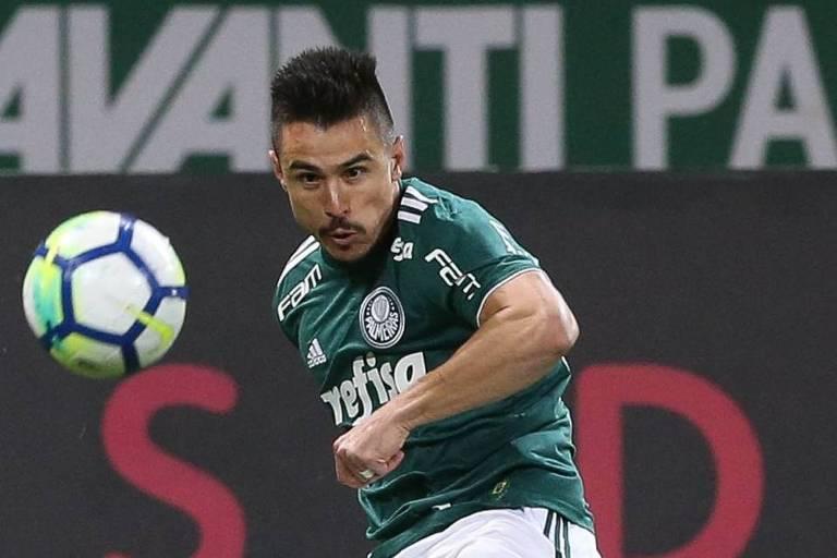 O atacante Willian, autor do primeiro gol do Palmeiras na vitória sobre o Atlético-PR por 2 a 0