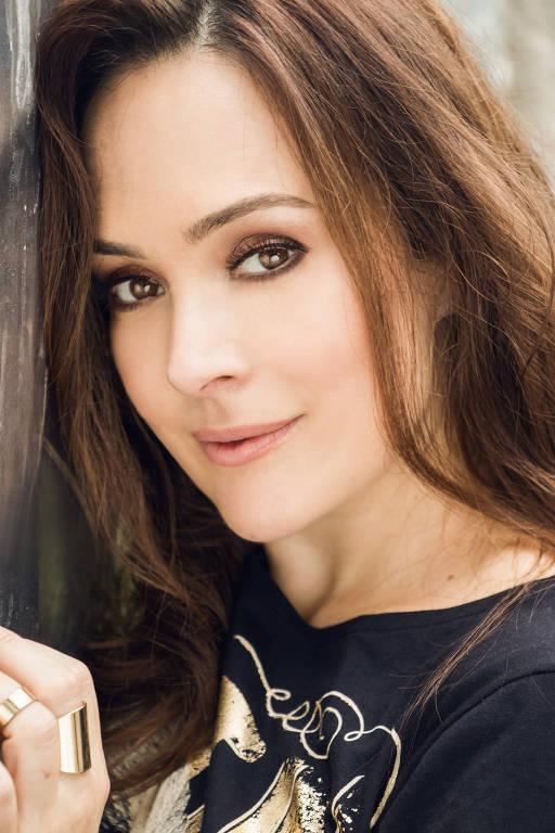Gabriela Duarte - Oficial