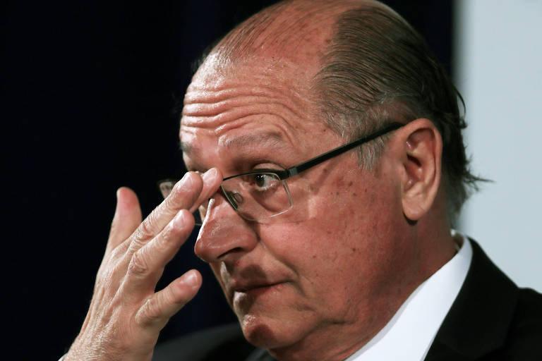 O presidenciável Geraldo Alckmin (PSDB) durante entrevista a jornalistas em São Paulo
