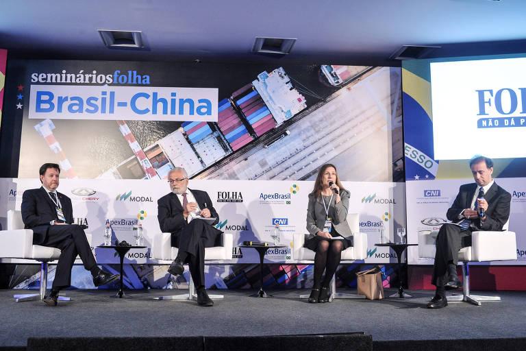 Thomaz Machado, presidente da consultoria ChinaInvest; embaixador Roberto Jaguaribe, presidente da Agência Brasileira de Promoção de Exportações e Investimentos (Apex); Larissa Wachholz, sócia do grupo de consultoria Vallya; e Jaime Spitzcovsky, da Folha de São Paulo