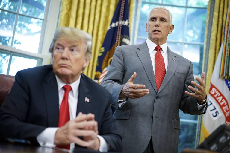 O presidente Donald Trump (à esq.) e o vice Mike Pence na Casa Branca