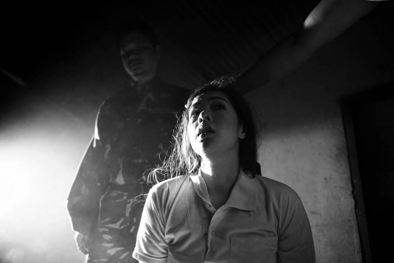 """Cena do filme """"Estação do Diabo"""", do filipino Lav Diaz"""