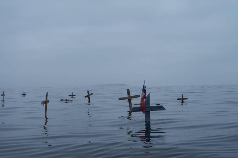 cruzes no mar