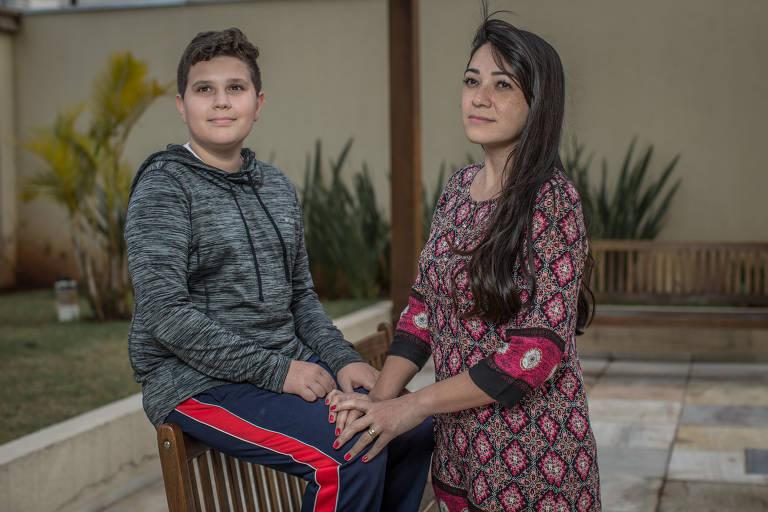 Pais e mães explicam por que escolheram a escola dos filhos