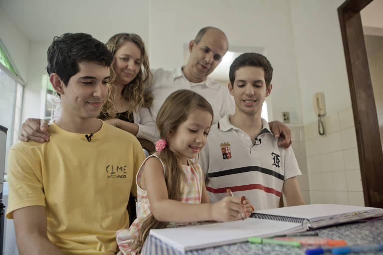 Família optou pela educação domiciliar no lugar da educação escolar convencional
