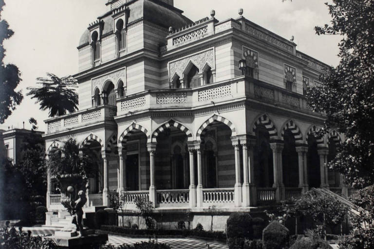 Edifícios de inspiração árabe em São Paulo