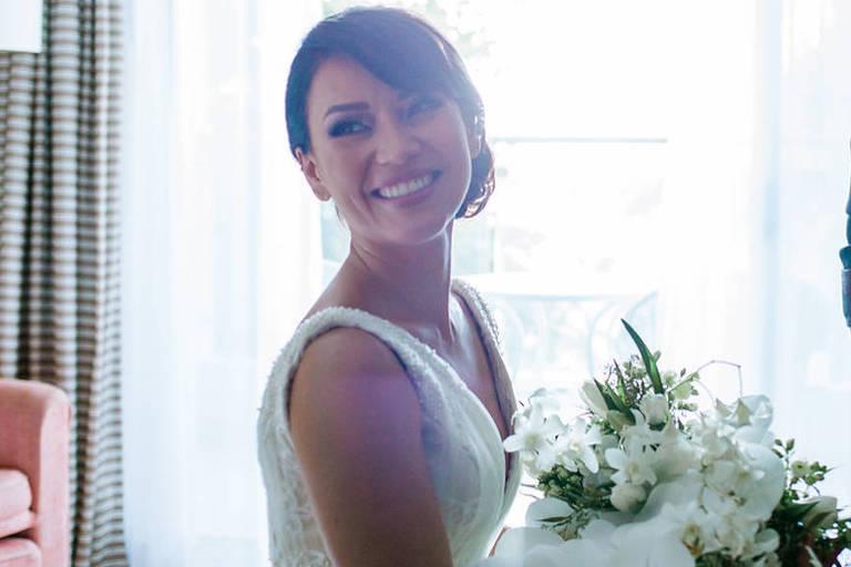 Geovanna Tominaga se casa com o advogado Eduardo Machado Duarte em cerimônia íntima no Rio