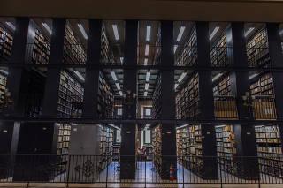 Sala de acervo da BN (Biblioteca Nacional)