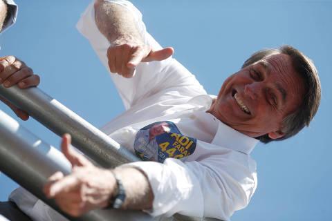 Como deputado, Bolsonaro defende privilégios e eleva gasto público